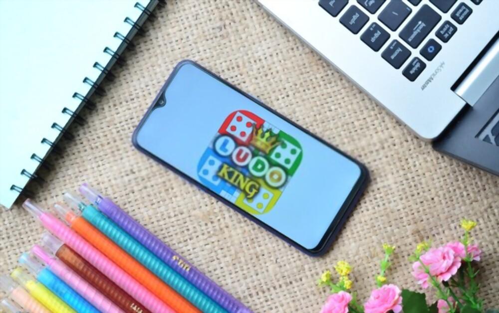 Daftar Game Online Mobile Yang Bisa Kalian Mainin Bareng Temen Walau Lagi Di Rumah Aja