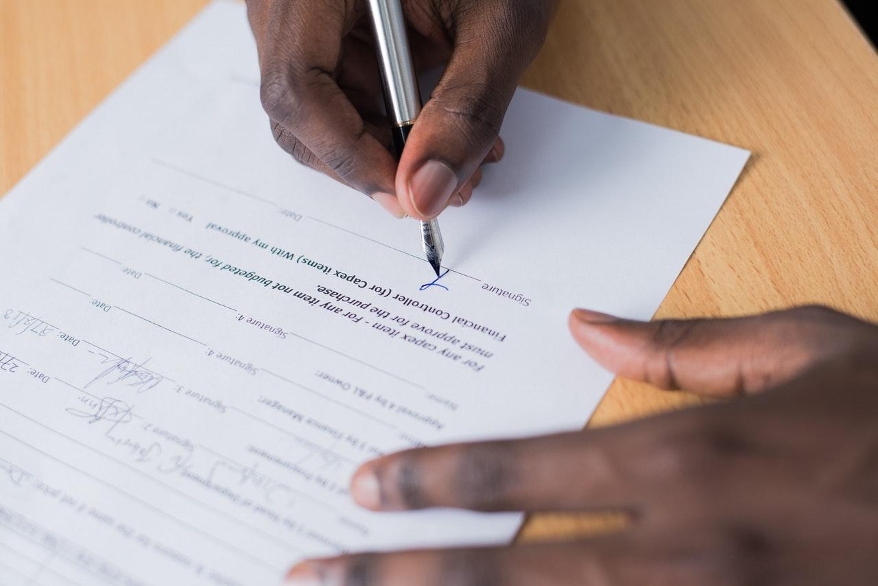 Sekian Contoh Surat Perjanjian Kontrak Kerja, Fresh Graduate Wajib Baca!
