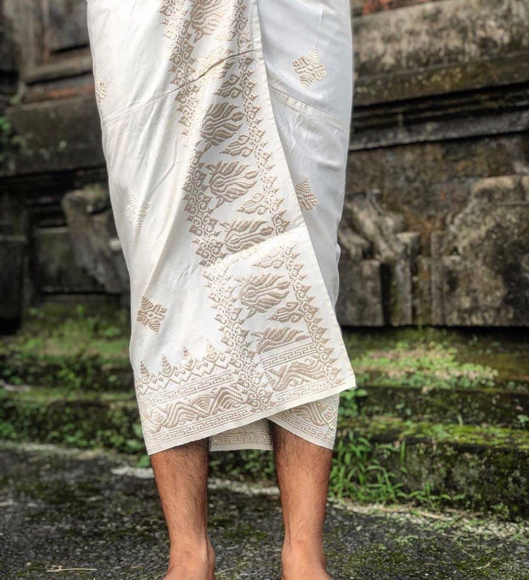 Mengenal Pakaian Adat Bali, Dilengkap Nama, Jenis dan Gambar